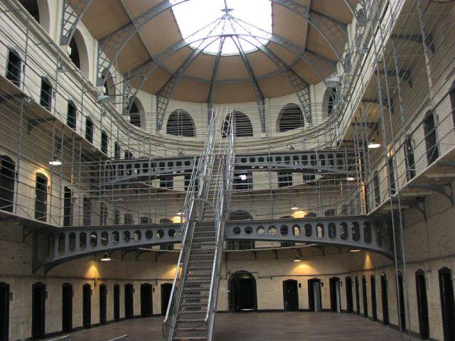 prison8
