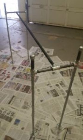amigas4all assembled legs pipe table