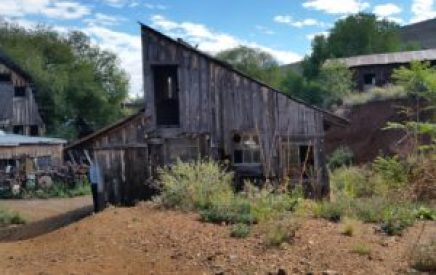 halloween-ghost-town-image-of-old-barn