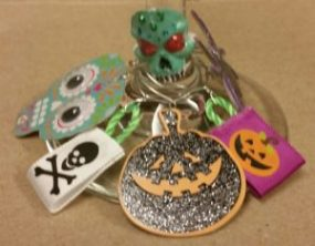 halloween-wine-charms-image-of-some-charms