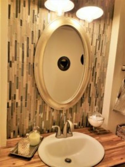 wall chips final look image powder room redo amigas
