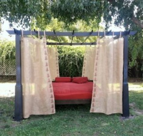 daybed from old mattress final with curtains front view amigas