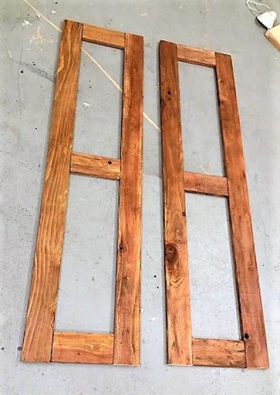 How to DIY Indoor Wood Shutters For a Rustic Bar Decor