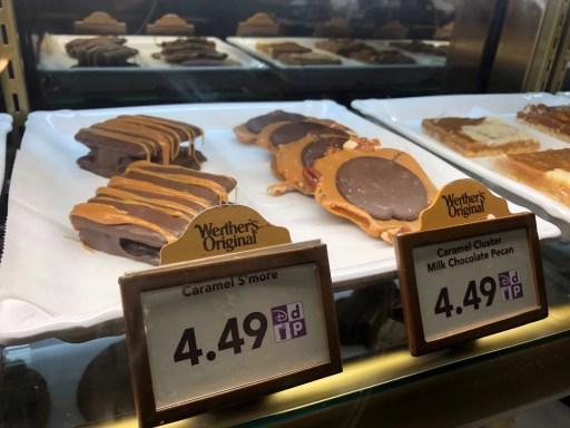 sobremesas de caramelo vendida no pavilhão da Alemanha em Epcot