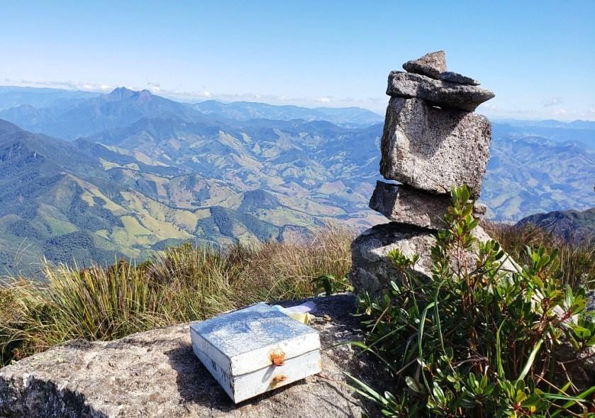 Capim Amarelo – Serra Fina – Site Amigos da Montanha