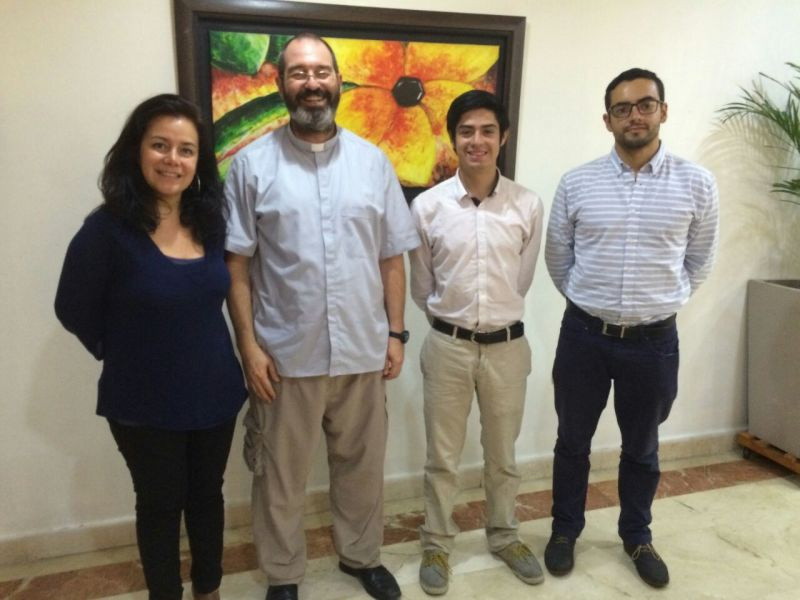 Padre Luis Montes y la Ayuda a la Iglesia Necesitada Colombia