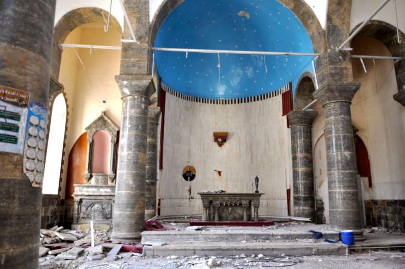 LA chiesa distrutta e saccheggiata di i Santa Maria del perpetuo soccorso a Mosul ovest DSC_0538