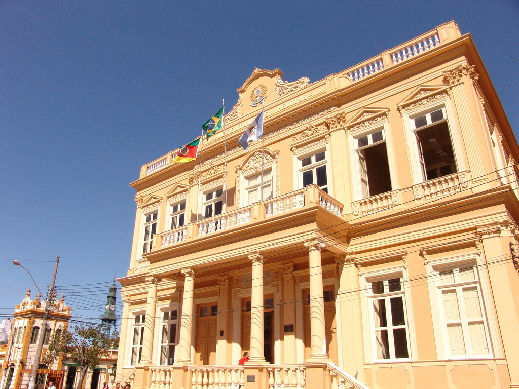 Sem capacidade de endividamento, prefeitura fica impedida de contrair empréstimo de 50 milhões de dólares com Fonplata