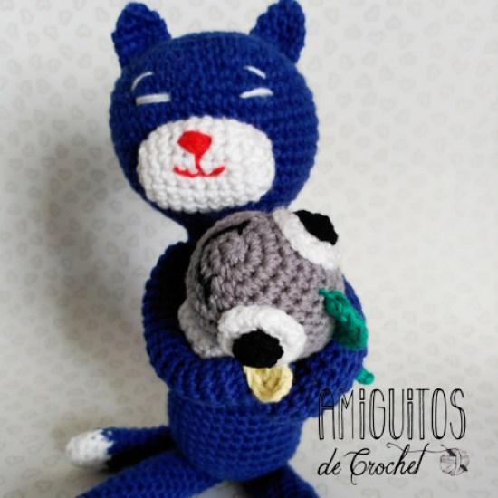 Gatito Amineko 3, Amiguitos de crochet