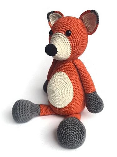 Fox stuffie crochet pattern