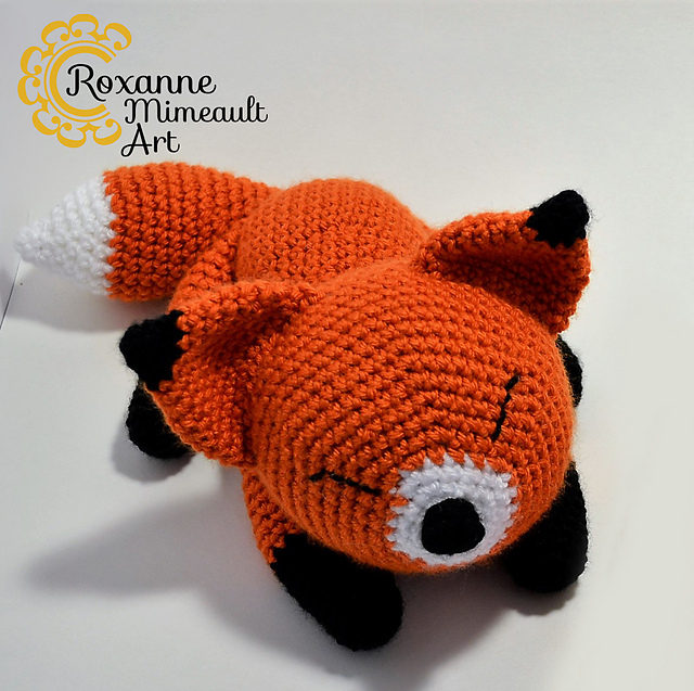 Roxy The Big Forest Fox PDF Crochet Pattern | 637x640