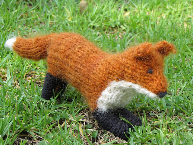 Knitted red fox pattern