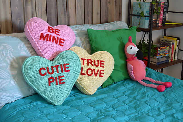 Conversation Heart Crochet Pattern - crochet gift ideas