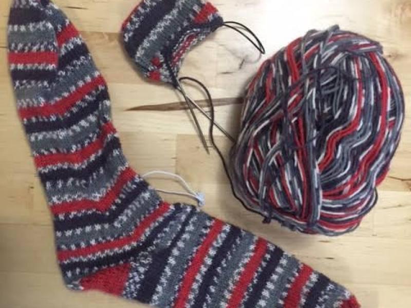 Knit socks toe up magic loop - in progress