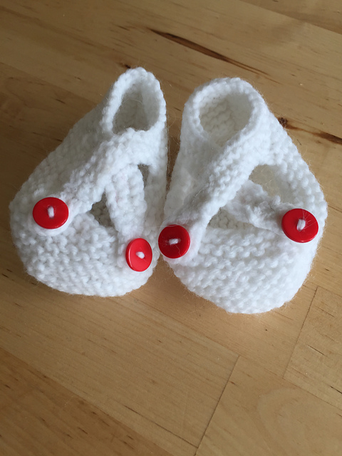 baby shower gift saartjes bootees