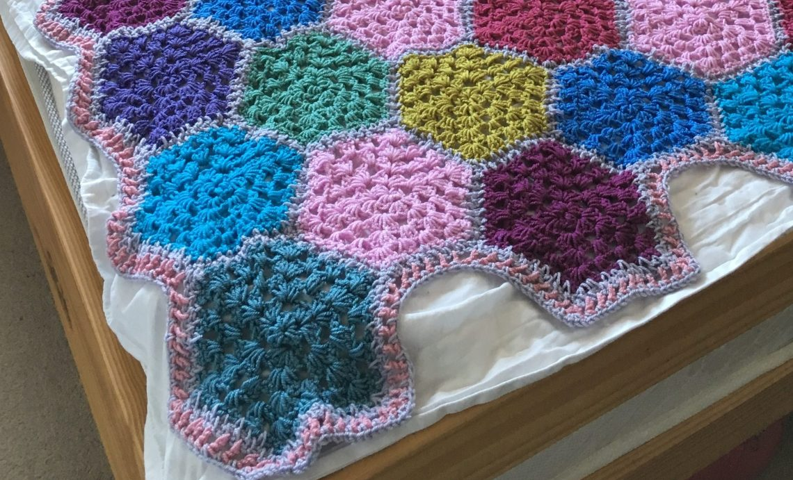 Crochet blanket boarder granny hexagons
