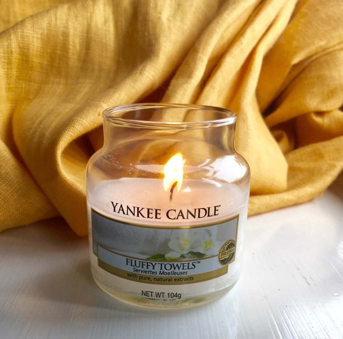 Scented candle for hygee