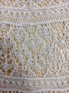 heart shaped lace on the wedding shawl