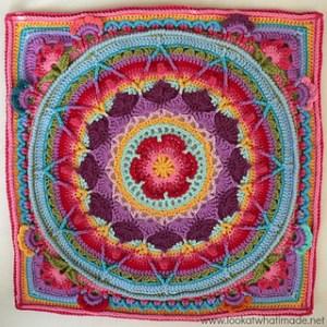 Sophie's Garden - granny square manadela blanket
