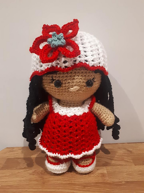 weebee doll holiday outfit