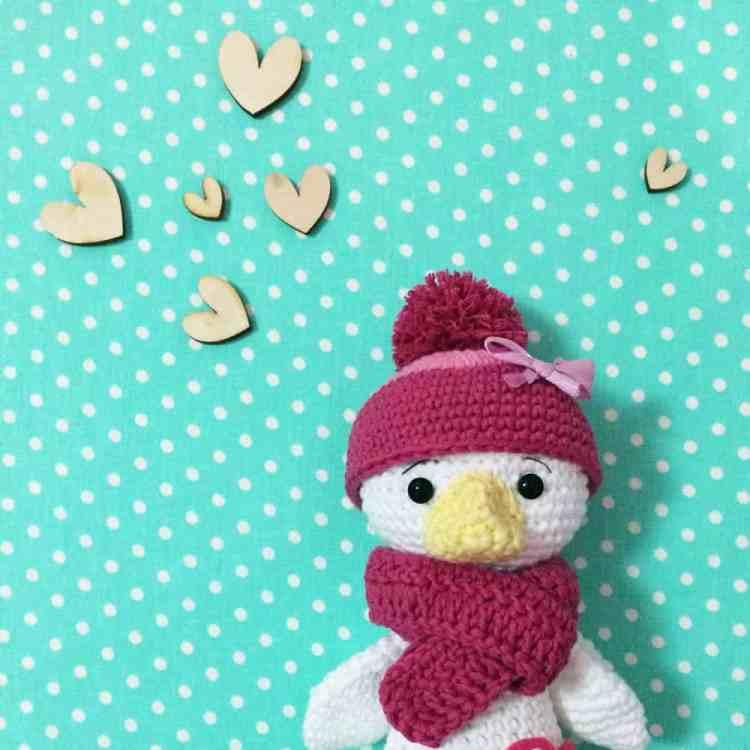 Amugurumi duckling - Free crochet pattern by Amigurumi Today