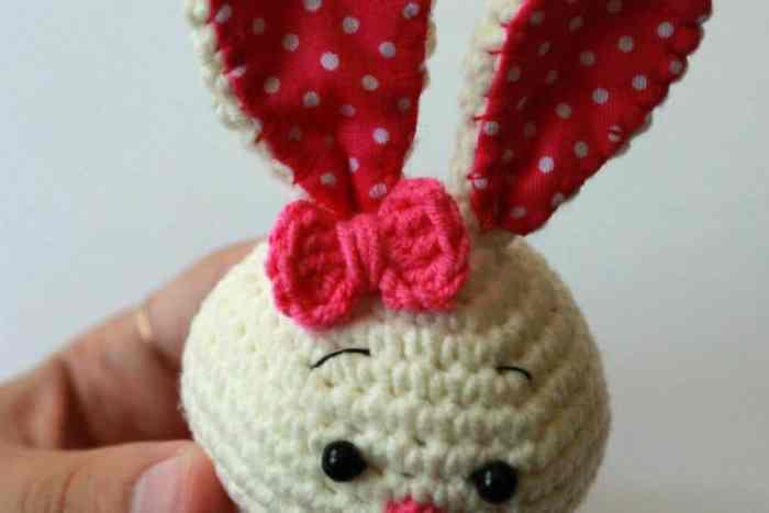 Cute bunny amigurumi crochet toy pattern