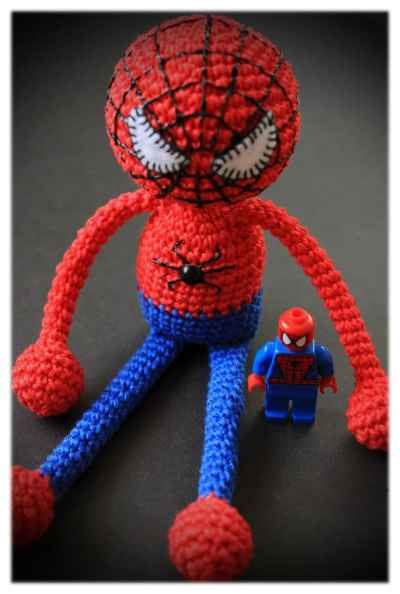 Amigurumi spiderman crochet pattern