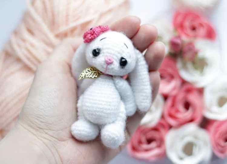Pig Rabbit Amigurumi Patron : Little crochet bunny pattern - Amigurumi Today