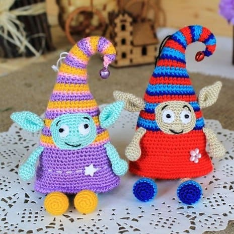 Crochet elf doll free amigurumi pattern