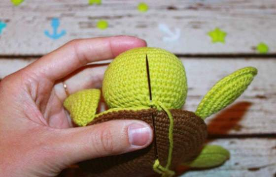 Free amigurumi turtle crochet coaster pattern tutorial