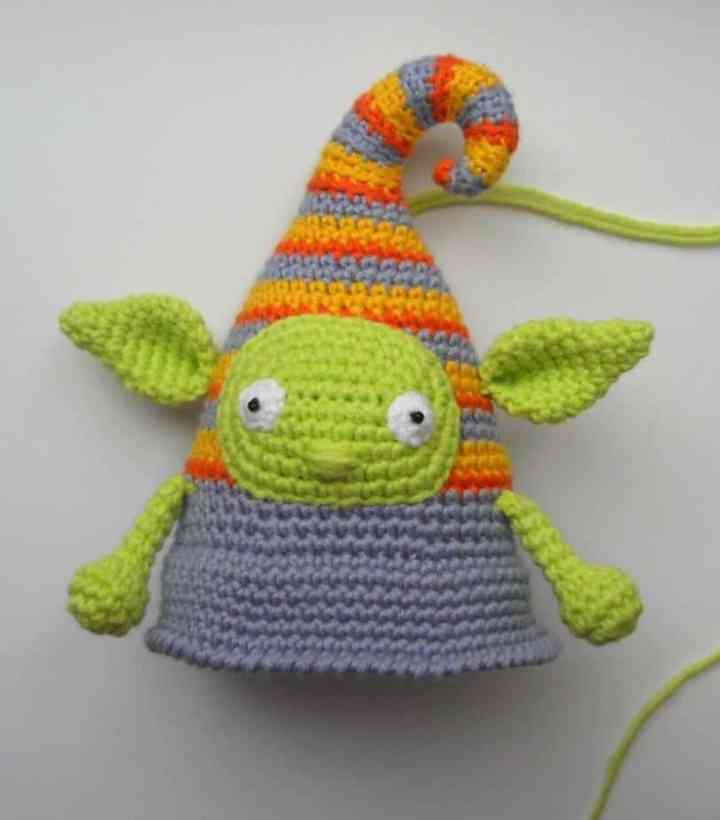 Free crochet elf doll amigurumi pattern
