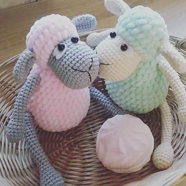 Free Patterns Crochet Today : Pretty bunny amigurumi in dress - Amigurumi Today