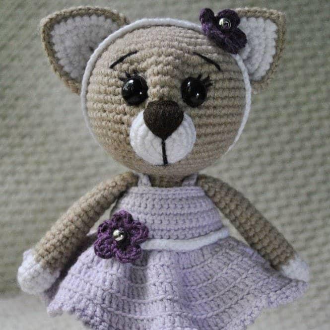 Сrochet lady cat free amigurumi pattern