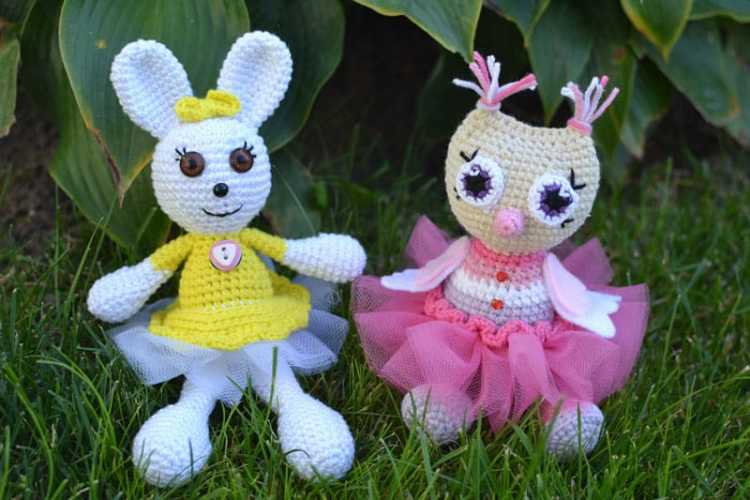 Crochet owl princess amigurumi pattern