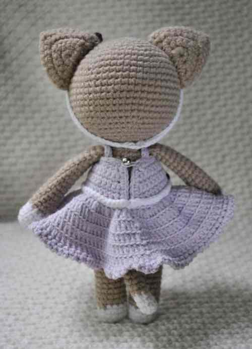 Lady cat amigurumi pattern free