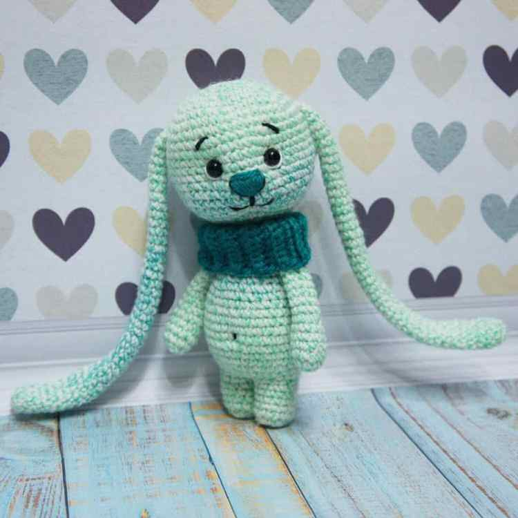Amigurumi bunny with long ears crochet pattern