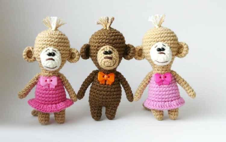 Amigurumi crochet monkey pattern