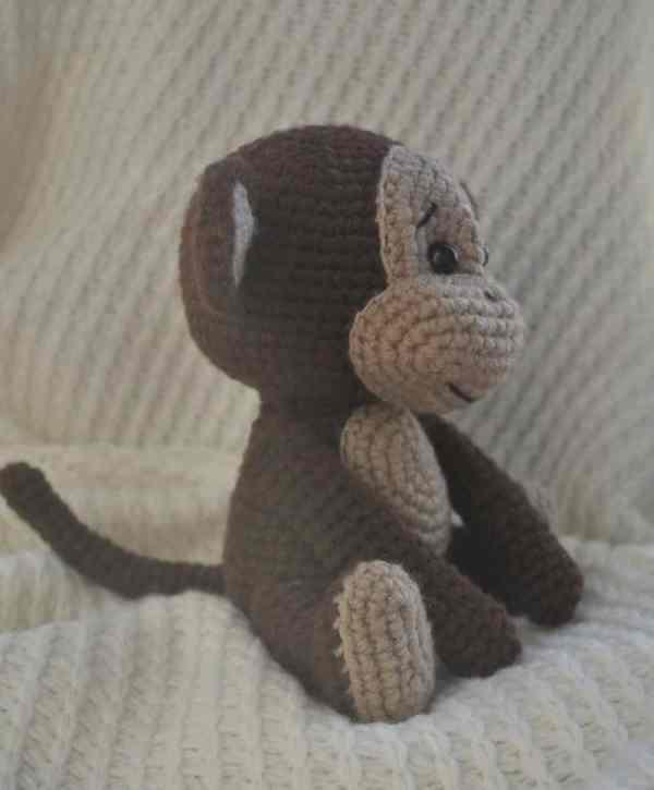 Naughty monkey amigurumi pattern free