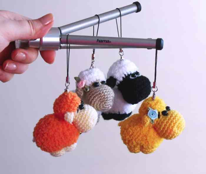Sheep keychain free crochet pattern