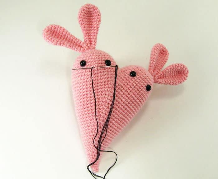 Bunny heart crochet pattern