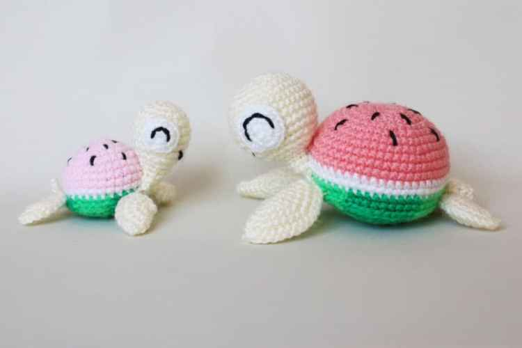 Watermelon turtles – amigurumi patterns