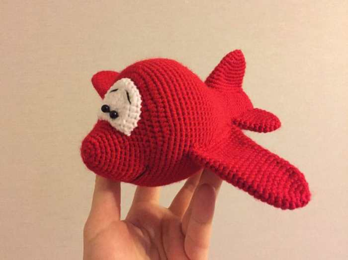 Amigurumi airplane crochet pattern