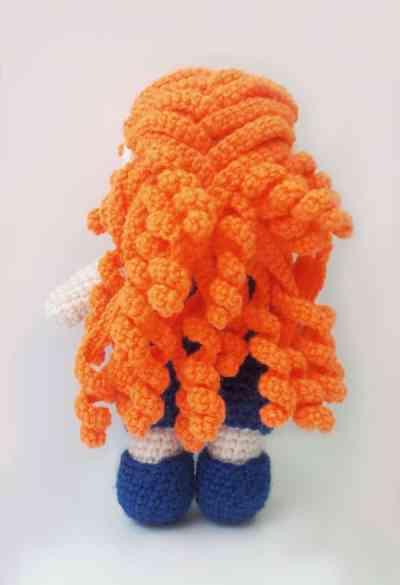Julie doll - free amigurumi pattern