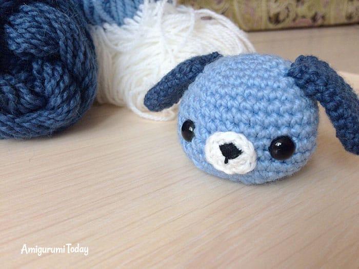 Amigurumi dog cupcake crochet pattern - head