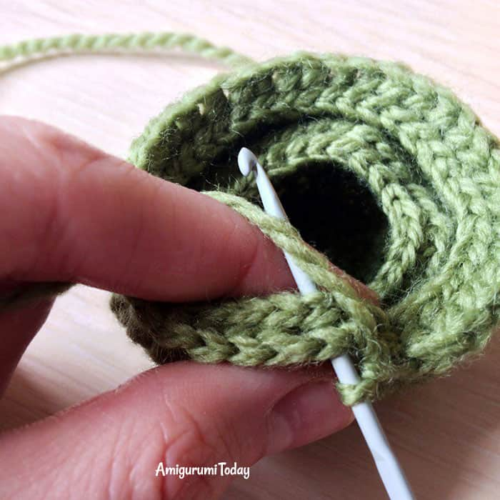 Amigurumi dog cupcake crochet pattern tutorial
