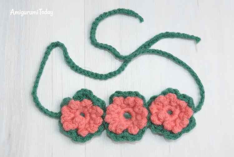 Honey bears crochet pattern - flower band