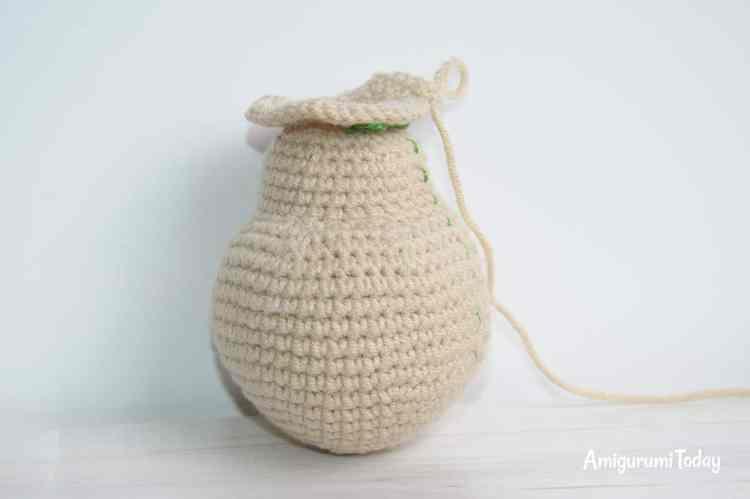Honey teddy bears - free crochet patterns - head