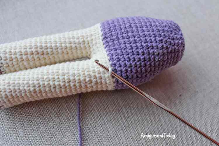 Kitty amigurumi in lilac dress crochet pattern