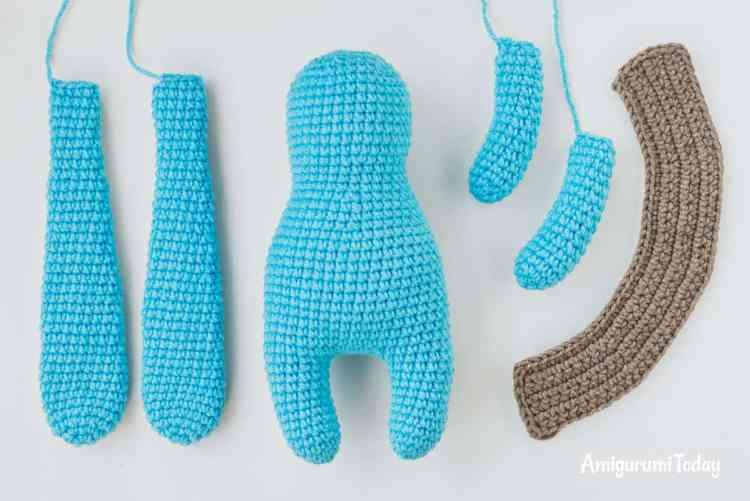 Amigurumi bunny in vest - free crochet pattern - assembly