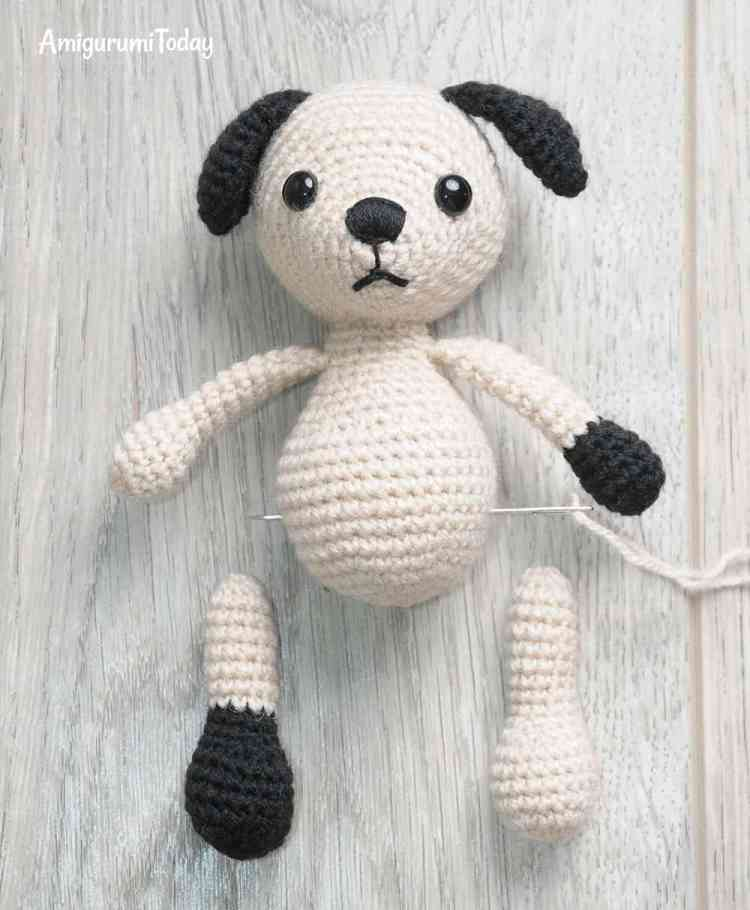 Amigurumi Tommy the Dog crochet pattern - attaching legs